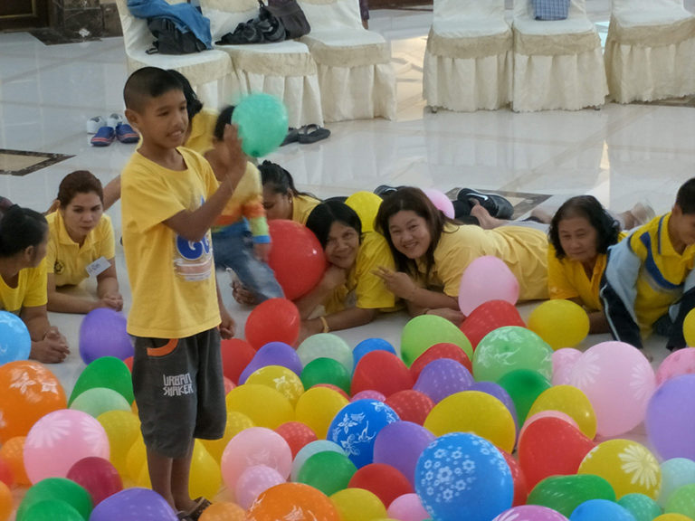 ภาพกิจกรรมเด็กพิเศษ (4) SE Soucial Enterprise กิจการเพื่อสังคม เด็กพิเศษ ออทิสติกพังงา GYM SET AVAUTIS
